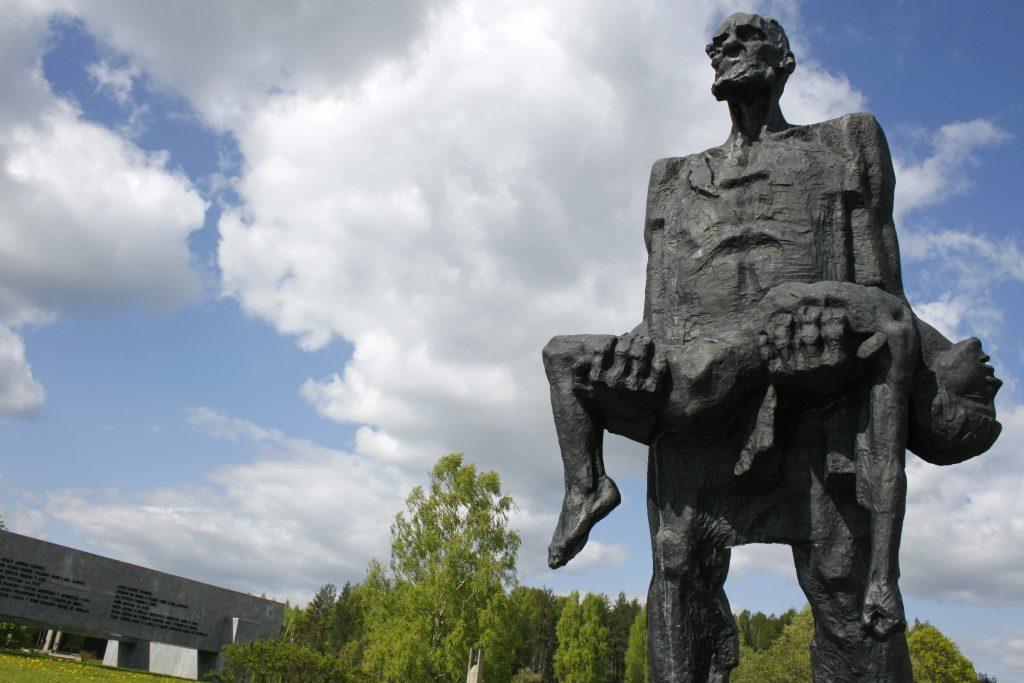 Khatyn_Memorial,_Belarus