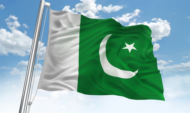 The Hindrance of Development in Pakistan: How Pakistan is Holding Itself Back